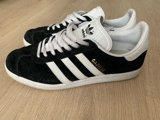 Adidas Gazelle negras