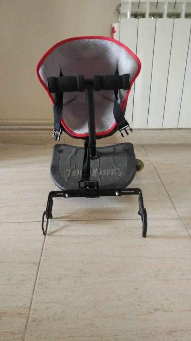 photos officielles 6f1b8 db447 Patín regulable con asiento para carro bebe de segunda mano ...