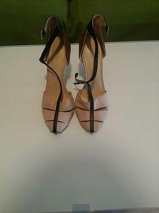 Zara sandalia tacon negra con pedreria – ROPAMUJERMODA.ES