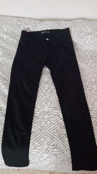 Pantalones pitillo Stradivarius