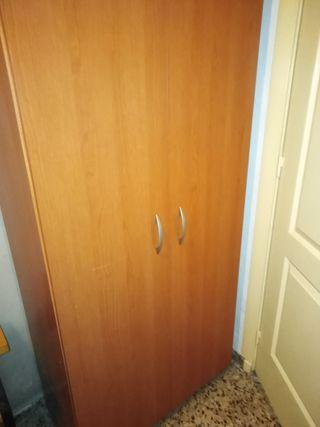 armario de dos puertas... ocasión