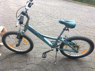 """Bicicleta niña 20"""" + casco"""