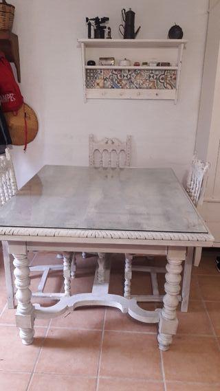 mesa comedor + 3 sillas