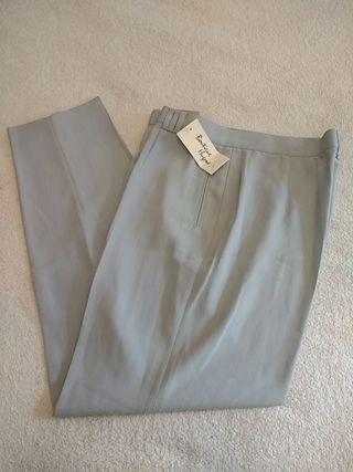 Pantalón pinzas NUEVO Talla 50