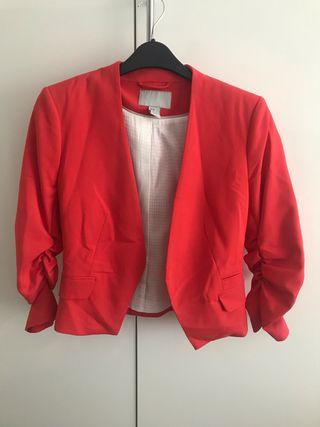 Cropped red blazer H&M