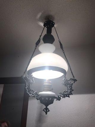 Lámpara quinque de forja
