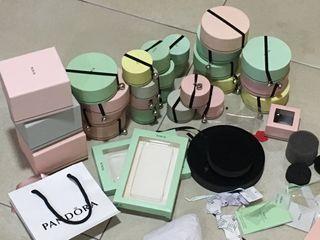 Bolsas y cajas Tous
