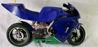 Moto radiocontrol con motor a explosión
