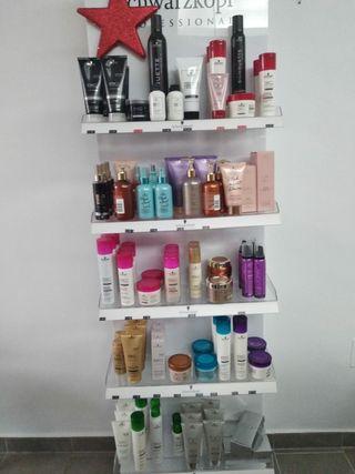 Tintes y productos de peluquería.