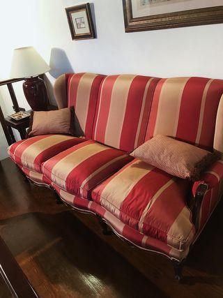 Sofá clásico en perfectas condiciones
