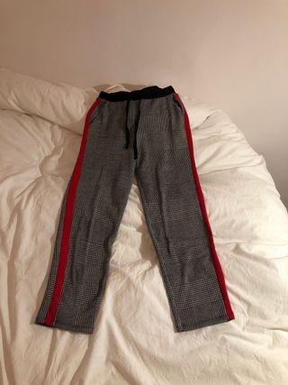 Pantalones sport con ralla Zara