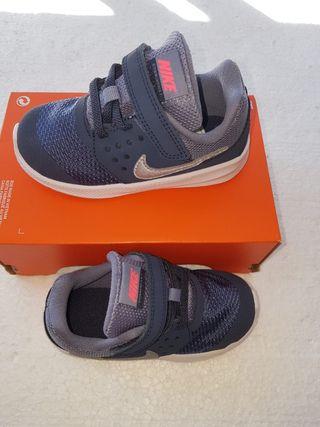 Nike 25 Mano Segunda Tkfjlc1 Talla Por De 22 Zapatillas Niños OPXwk0n8