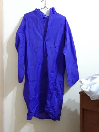 impermeable nuevo