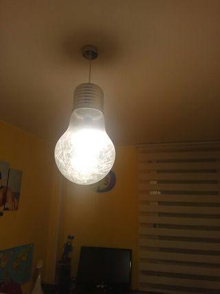 lampara con bombilla led (globo) incluida