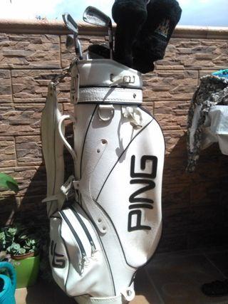 8df435ef1a199 Palos de golf bolsa Ping de segunda mano en WALLAPOP