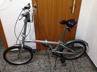 """Bicicleta plegable aluminio 20"""" COMO NUEVA"""