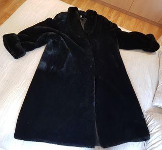 54feb1bd2 Abrigo de piel Mutón de segunda mano en Barcelona en WALLAPOP