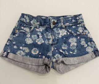 Shorts Niña de BENETTON talla S