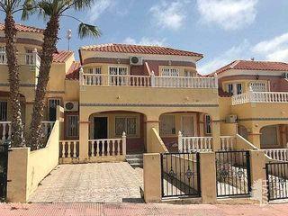 Casa adosada en venta en Orihuela Costa en Orihuela