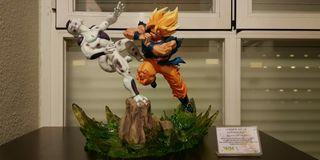 Goku vs Freezer VKH resina original