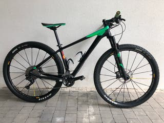 Bicicleta Cube Carbono