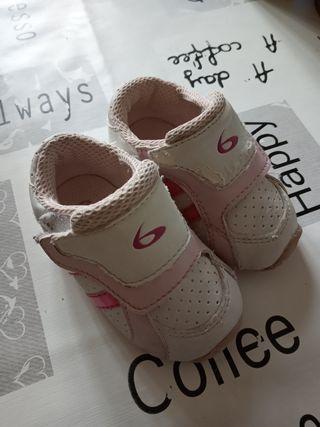 zapatillas bebe niña