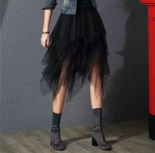 7c1503f380 Falda de tul negra de segunda mano en Madrid en WALLAPOP