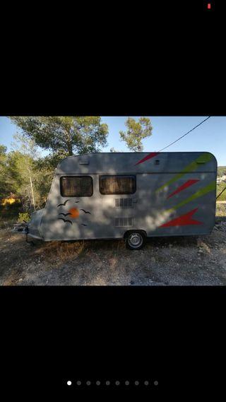 Caravana -750kg