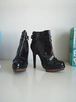botines súper altos