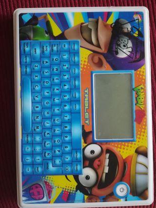 tablet fanboy y chumchum