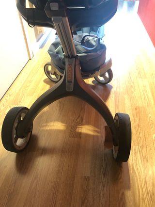 Carro Stokke Xplory silla + Capazo