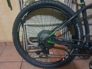 "bicicleta treck de carbono 29"""