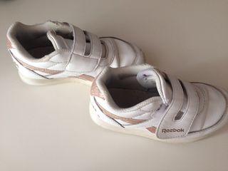 Zapatillas niña número 26.5