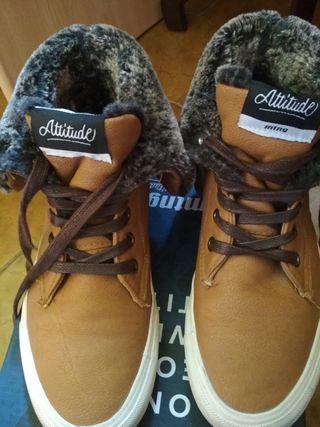Zapatos de la marca Mustang modelo Daniela