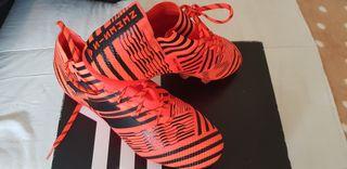 Botas Adidas Nemeziz 17.1 talla 40 2/3 NUEVAS