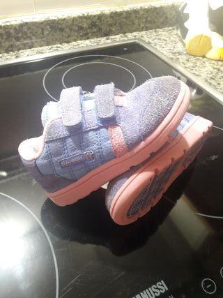 zapatilla de niña reebok