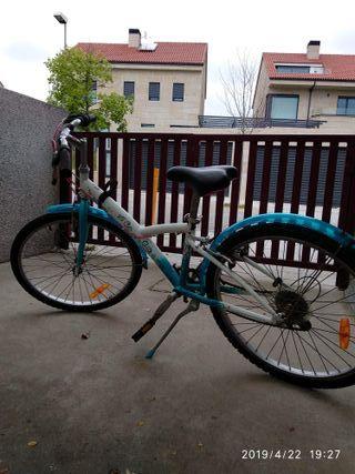 Bicicleta B'Twin 500 24 pulgadas. Declathon