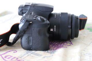 Cámara reflex Sony Alpha 58 + 18-55mm