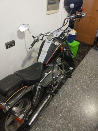 se vende leonart raptor tipo custom 250 cc