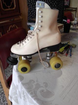 patines botín 4 ruedas patinaje artístico piel