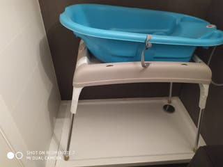Bañera de bebe mas soporte de patas