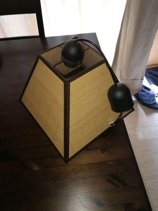 lámpara de bambu y forja