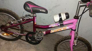 Bicicleta niña.