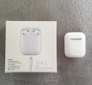 Apple airpods 2ng generation brand new