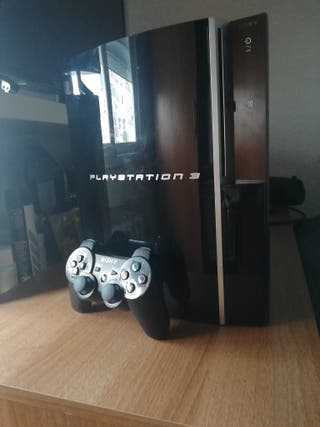 PS3 FAT 80 GB + 7 JUEGOS