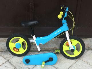 Bicicleta con y sin pedales