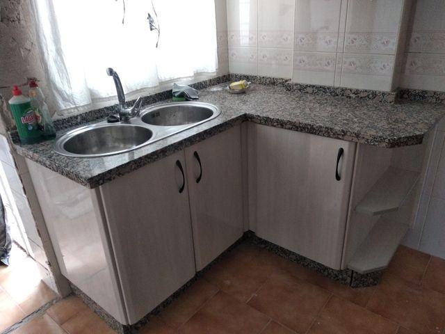 Muebles Cocina de segunda mano por 650 € en Córdoba en WALLAPOP