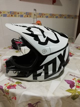 Casco fox v1