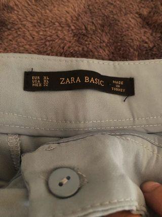 Pantalones Zara de segunda mano en Rutis en WALLAPOP