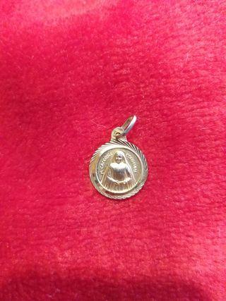 Medalla relicario Madre Caterina Coromina